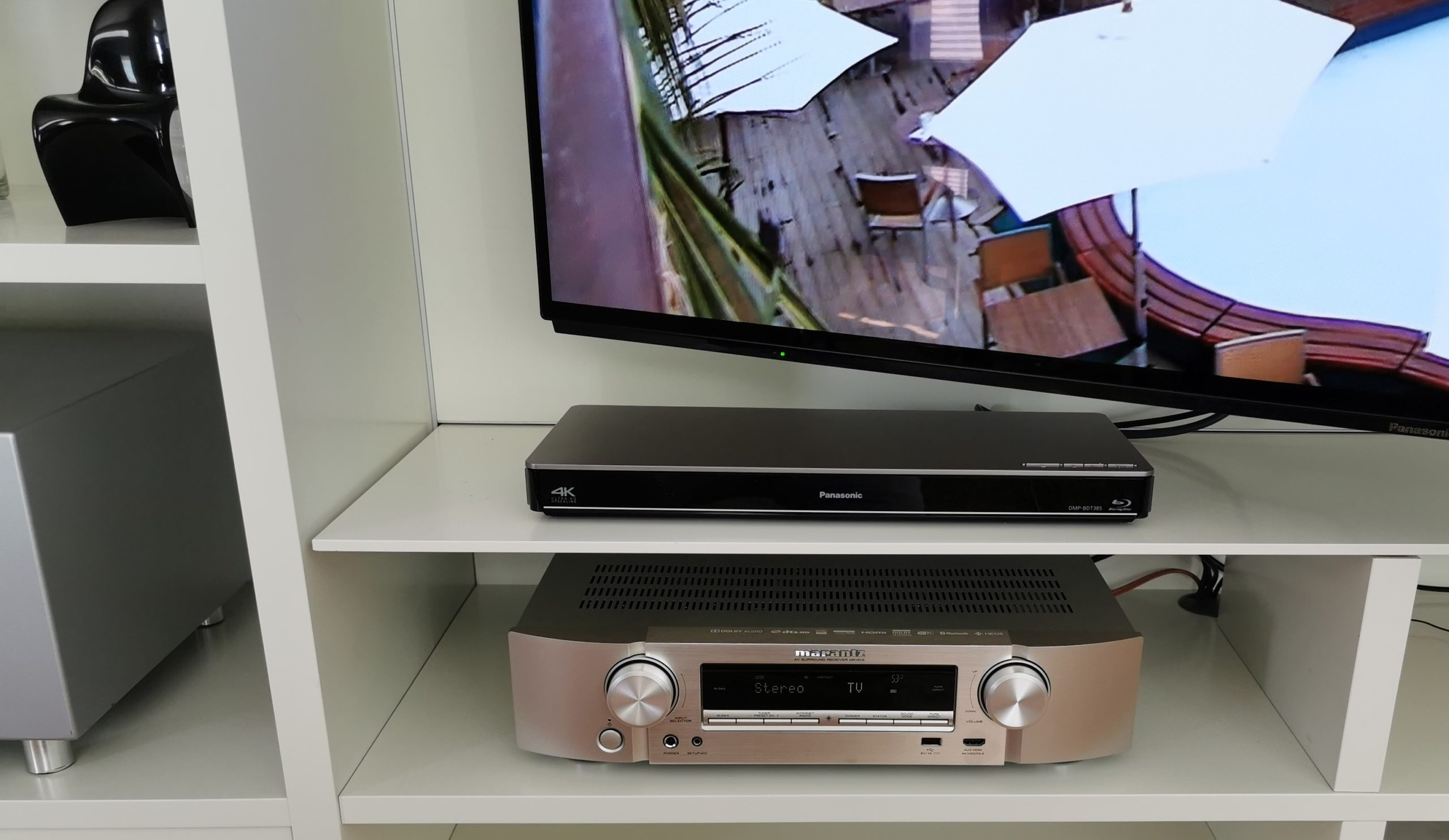 Marantz-SR-1510-und-Panasonic-DMP-BDT385-1